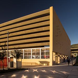 Macrocentro Comunitario San Bernabé, Monterrey, México